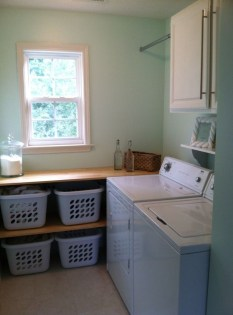 Totally Inspiring Small Functional Laundry Room Ideas 40