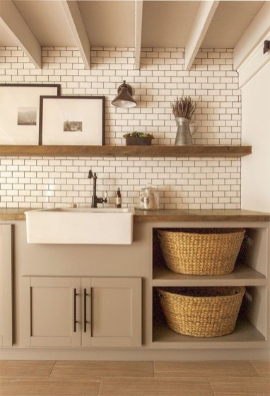 Totally Inspiring Small Functional Laundry Room Ideas 56