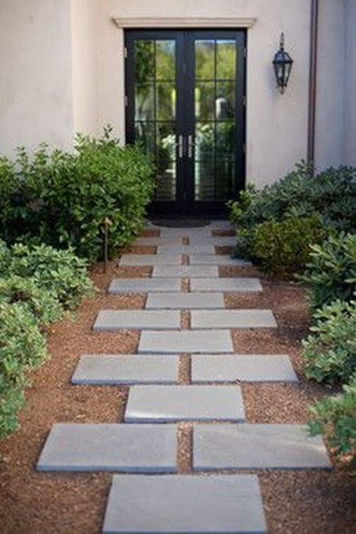 Gorgeous Front Yard Landscaping Remodel Ideas 04