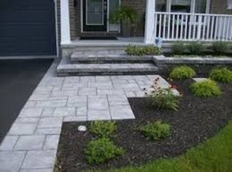 Gorgeous Front Yard Landscaping Remodel Ideas 28