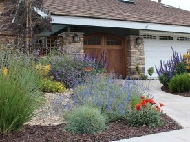 Gorgeous Front Yard Landscaping Remodel Ideas 41