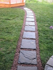 Stylish Stepping Stone Pathway Décor Ideas 04