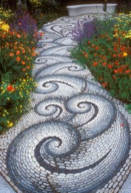 Stylish Stepping Stone Pathway Décor Ideas 22