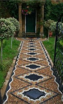 Stylish Stepping Stone Pathway Décor Ideas 31