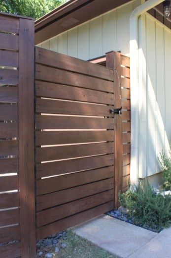 Totally Inspiring Front Yard Fence Remodel Ideas 13