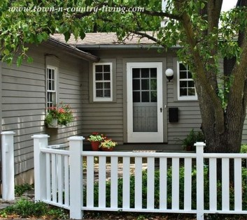 Totally Inspiring Front Yard Fence Remodel Ideas 45