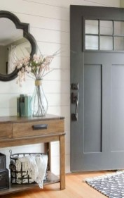 Stunning Farmhouse Entryway Decoration Ideas 32