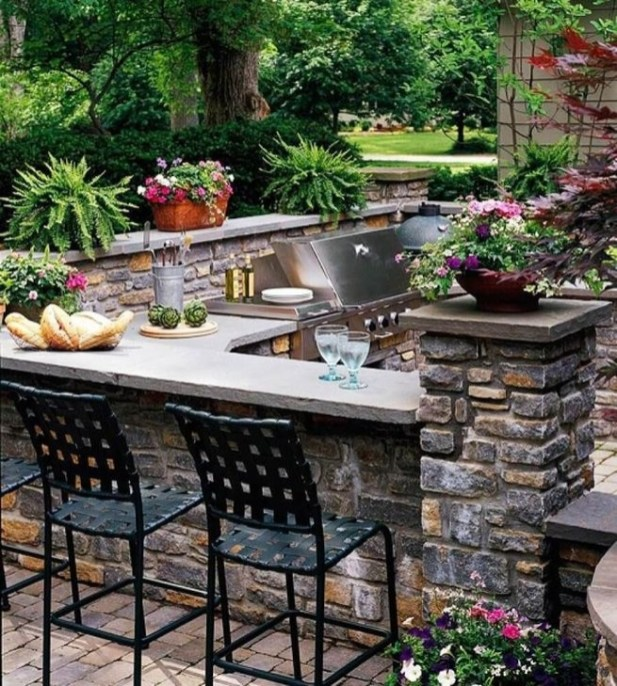 Awesome Outdoor Kitchen Design Ideas 35