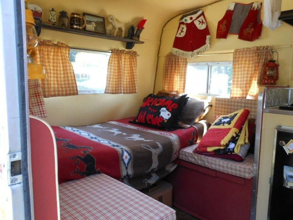 Fabulous Rv Bedroom Design Ideas34