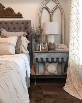 Stunning Bedroom Design And Decor Ideas With Farmhouse Style25