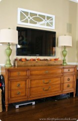 Stylish Console Table For Halloween Ideas 37