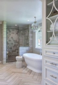 Elegant Farmhouse Shower Tiles Design Ideas17
