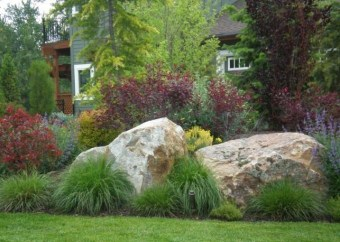 Pretty Front Yard Rock Garden And Landscaping Ideas36