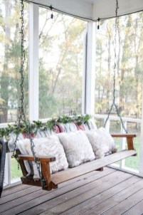 Lovely Christmas Porch Makeover Ideas22