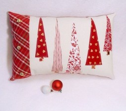Stunning Red Christmas Pillow Design Ideas22