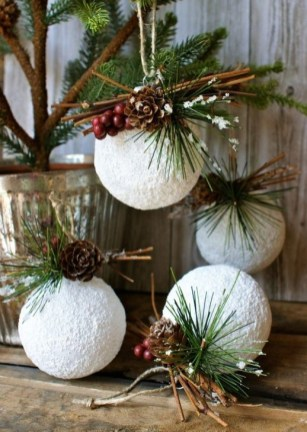 Perfect White Christmas Decoration Ideas20