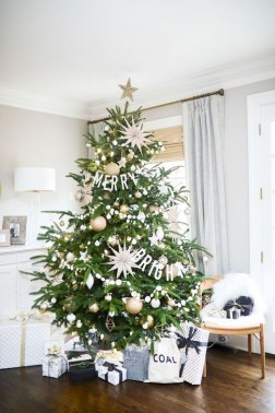 Perfect White Christmas Decoration Ideas27