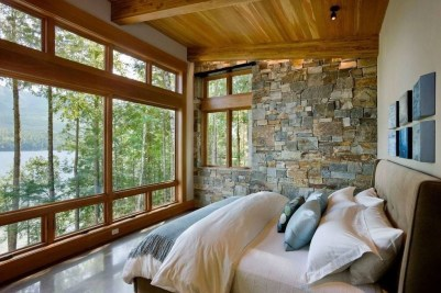 Affordable Lake House Bedroom Decorating Ideas06