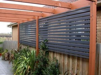 Stylish Wooden Privacy Fence Patio Backyard Landscaping Ideas01