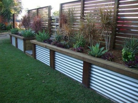 Stylish Wooden Privacy Fence Patio Backyard Landscaping Ideas07