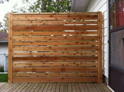Stylish Wooden Privacy Fence Patio Backyard Landscaping Ideas29