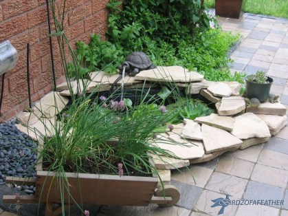 Relaxing Front Sidewalk Landscaping Ideas09