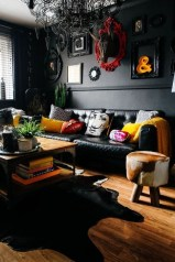 Rustic Living Room Decoration Ideas With Some Ornament 27