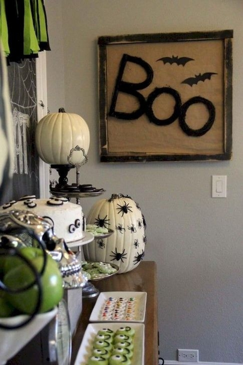 Extraordinary Diy Halloween Decorating Ideas For Apartment 15