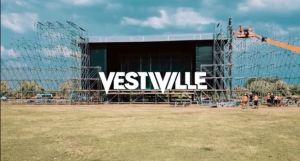 Organisatoren Vestiville ondervraagd, onduidelijkheid over terugbetaling tickets