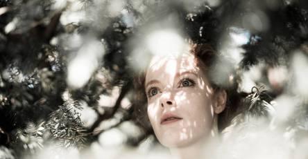 Beautiful Lighting For Portraits Photography by Jonas Hafner