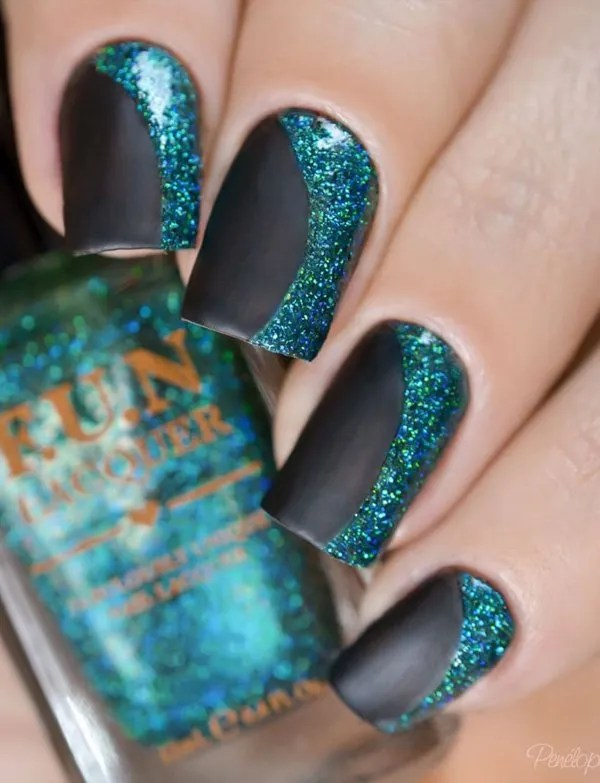 Black and green Nail Art desgin
