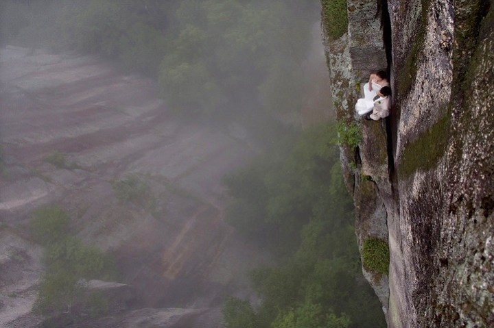 Extreme Climbing wedding Photography by Jay Philbrick