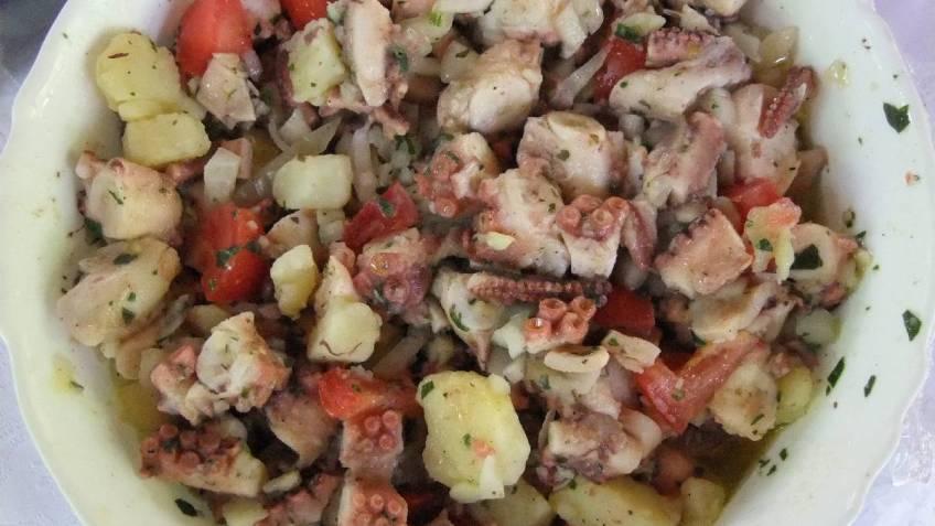 Salata od hobotnice ili muzgavaca - gotovo jelo