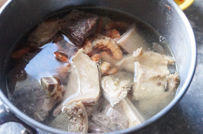 Nigerian - soup - making - base - broth