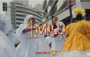 Davido – 1 Milli.MP4 Video (Starring Chioma)
