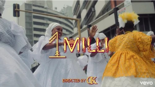 Davido – 1 Milli.MP4 Video (Starring Chioma)