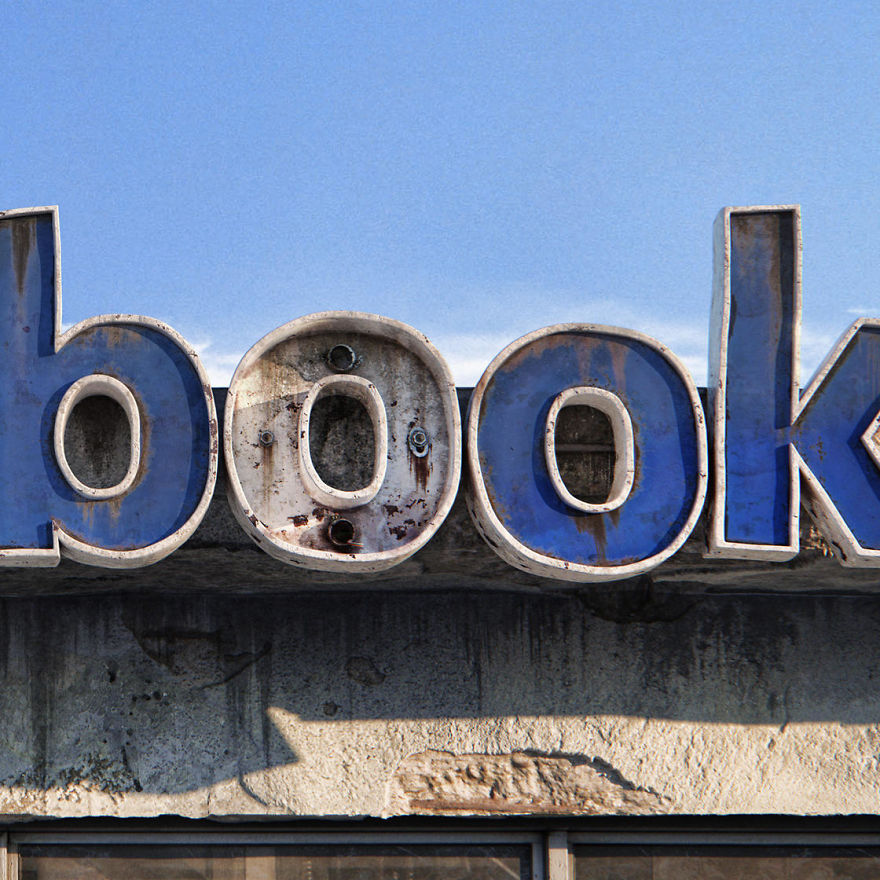 The-Decay-Of-famous-Social-Media-Companies-9Mood-2