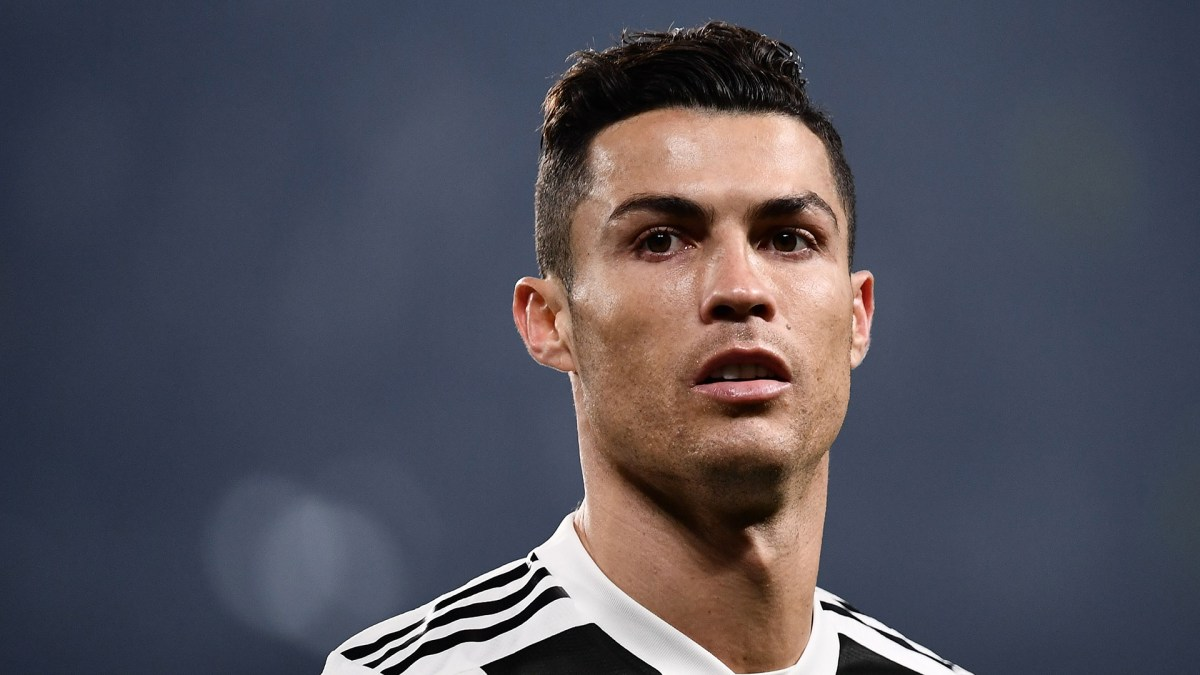 Has Cristiano Ronaldo had plastic surgery?