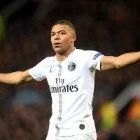 Mbappe 'to agree a new 5-year, €170m deal with PSG' amid Real Madrid interest