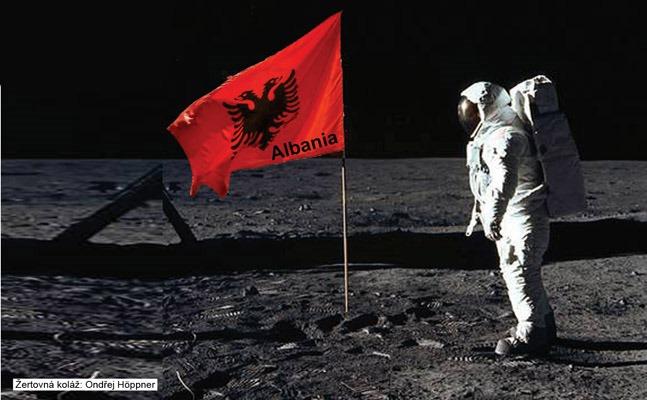 Podvod s Měsícem. Vzpomínkové žertovné video. Takhle to všechno začalo. Osm důvodů, proč dosud žádný člověk NEBYL na Měsíci.