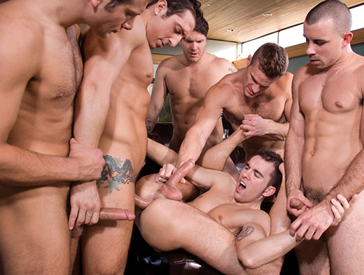 Vicious Gay Orgy In The Pool