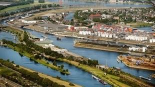 Blog Elke Wirtz wp-1474111852640 Duisburger Hafen feiert 300. Geburtstag - Ruhrgebiet - Nachrichten - WDR Business Global Business in NRW
