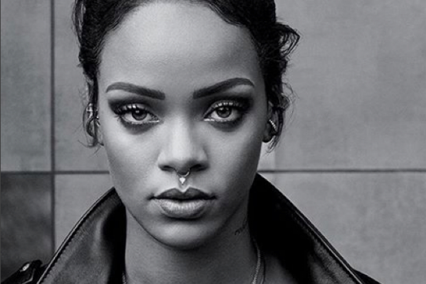 Rihanna-nose-ring-black-and-white-Instagram-2015-Anti-Bitch-Betta-Have-My-Money