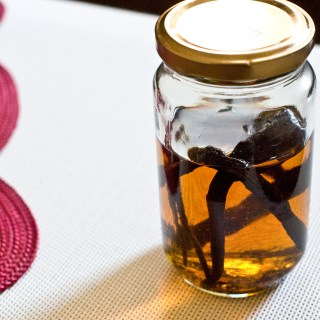 How to make real vanilla extract in time for the holidays