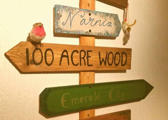 christopher-robin-winnie-the-pooh-100-acre-wood