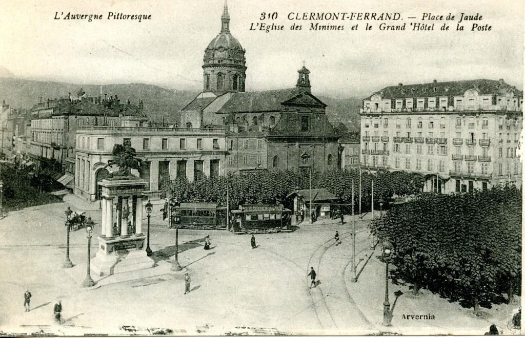 Auvergne Clermont-Ferrand Postcards