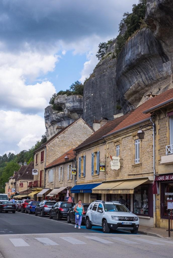 Eyzies Dordogne Perigord France Cro-Magnon Prehistoric cave Font de Gaume Combarelles
