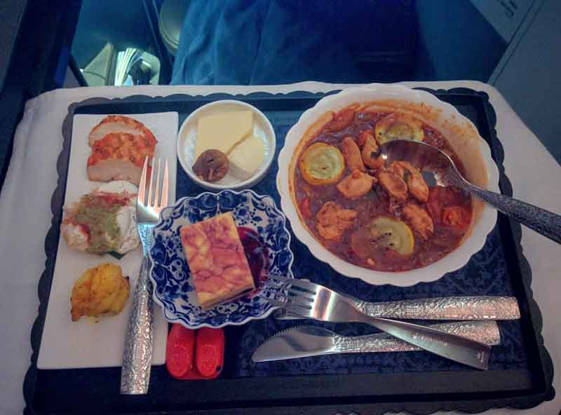 klm royal dutch airlines new business class 787-9 food laid back traveller