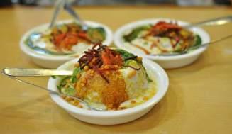 Lucknow Food Trail chaat raj kachori laid back traveller