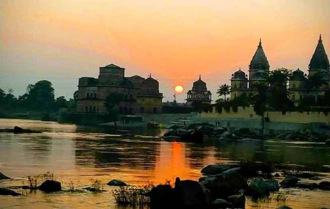 Orchha chattris opposite betwa river The Hidden Wonder